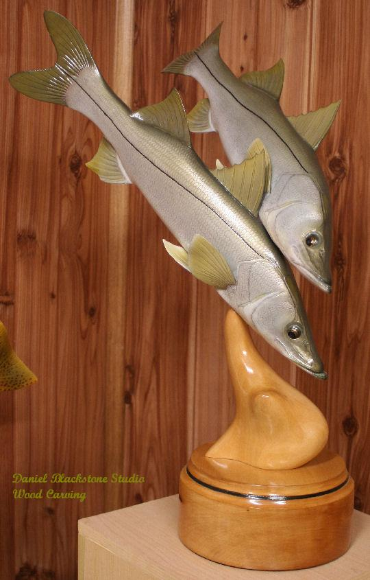Saltwater fish mounts replicas taxidermy